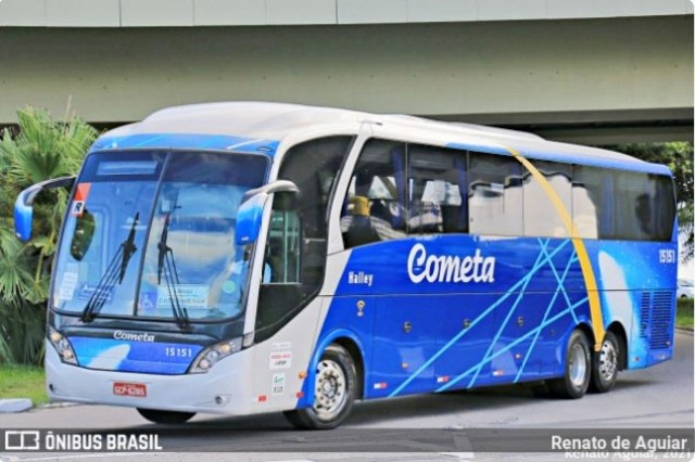 SP: Viação Cometa escala ônibus com 40 poltronas na São Paulo x Santos - revistadoonibus