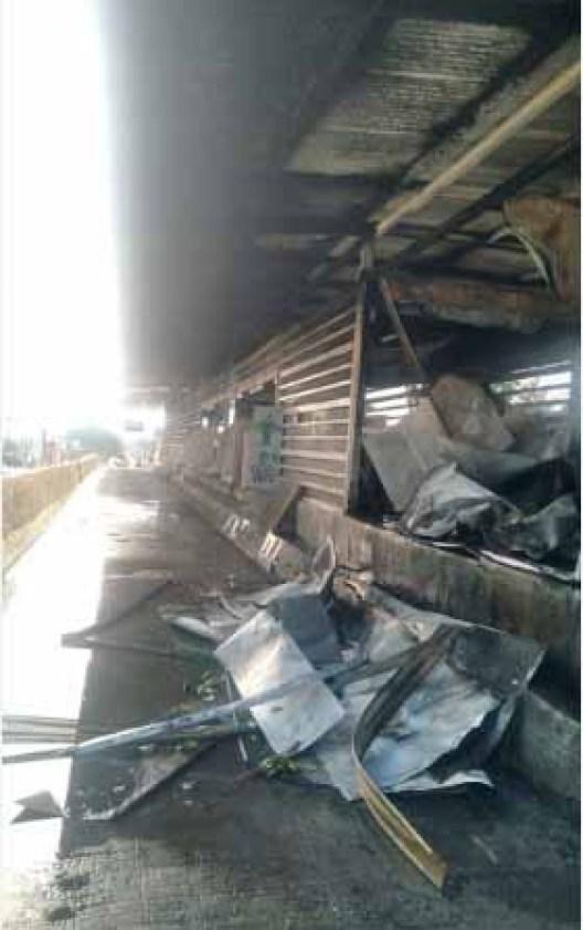 Rio: Duas estações do BRT foram incendiadas neste fim de semana - revistadoonibus