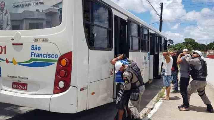 Maceió zera ocorrências de assaltos a ônibus no mês de abril, diz SSP