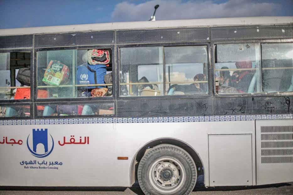 Síria: Regime de Assad usa ônibus no despejo de 30 famílias da região sul
