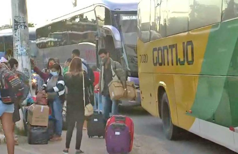 Vídeo: Rodoviários fazem protesto em Salvador por vacina contra a Covid-19