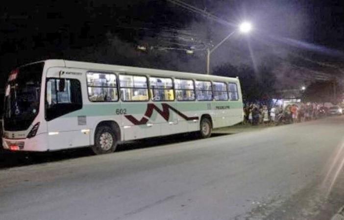 PE: Motorista de ônibus é morto durante assalto na Estrada da Muribeca em Jaboatão dos Guararapes