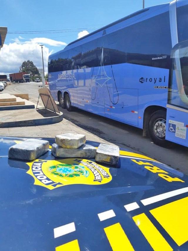 BA: PRF prende passageiro da Rápido Federal com entorpecente na Chapada Diamantina - revistadoonibus