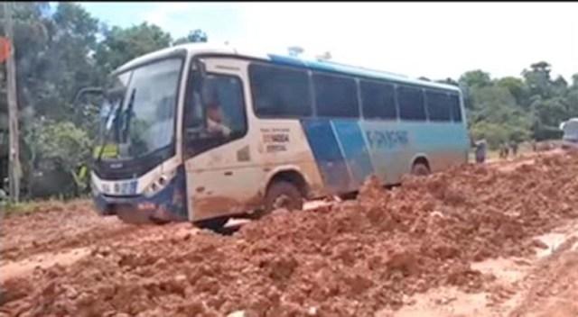 Vídeo: Viagem até Manaus pela BR-319 pode durar mais de 20 horas - revistadoonibus