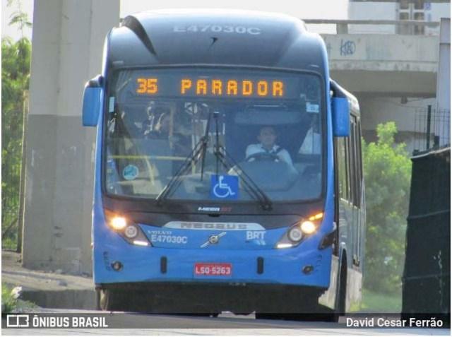 Vídeo: BRT Rio segue com atrasos, passageiros aglomerados e reclamações nesta terça-feira - revistadoonibus