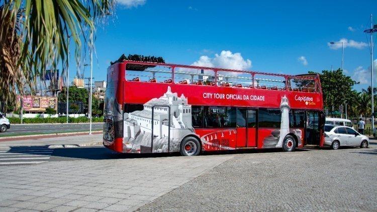Vitória: Ônibus turístico volta a circular por cartões-postais neste sábado