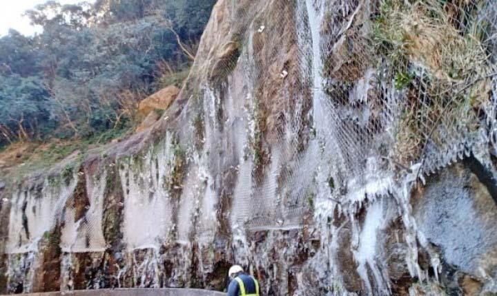 SC: Congelamento das pistas mantém bloqueio na Serra do Rio do Rastro – Vídeo