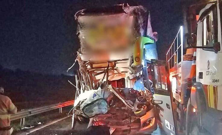 Viação Garcia se manifesta sobre o acidente com ônibus na Rodovia Castello Branco