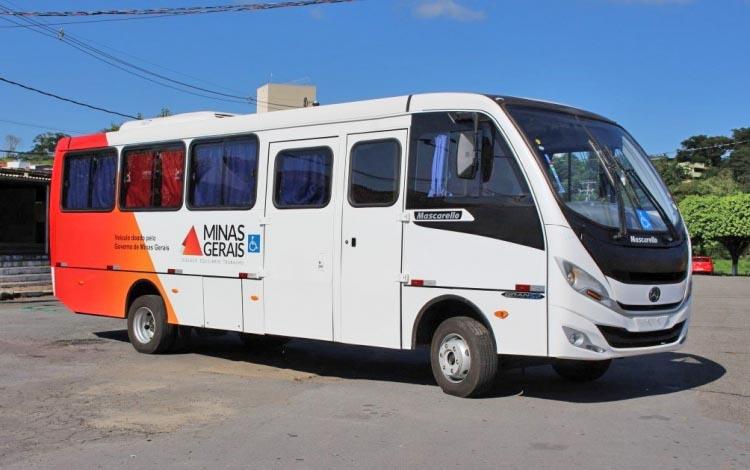 MG: Itabirito recebe ônibus da vacina contra a gripe