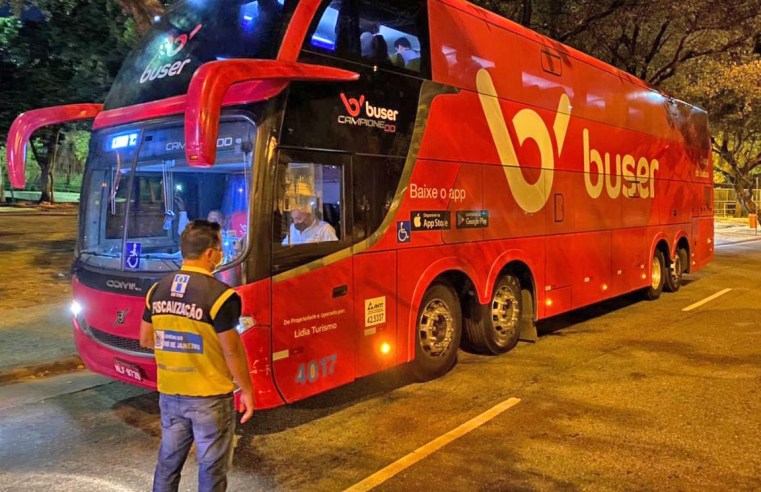 Rio: DETRO multa ônibus que presta serviço para a Buser na Zona Sul