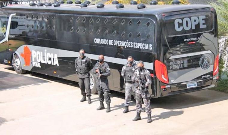 MG: Comando de Operações Especiais do Sistema Prisional recebe novo ônibus