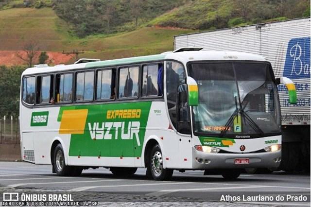 Vídeo: Ônibus da Expresso VYZ Tur pega fogo na Fernão Dias em Mairiporã/SP - revistadoonibus