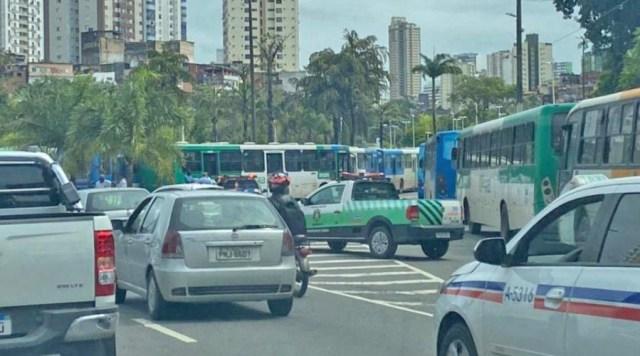 Salvador: Rodoviários realizam manifestação nesta manhã na Estação Lapa - revistadoonibus