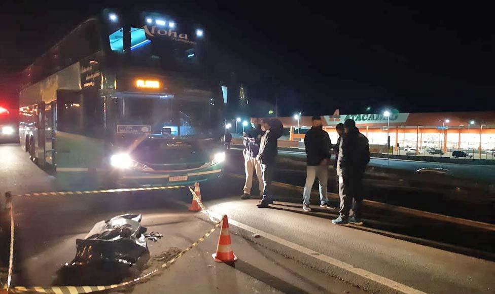 PR: Idoso morre atropelado por ônibus rodoviário na BR-277 em Cascavel