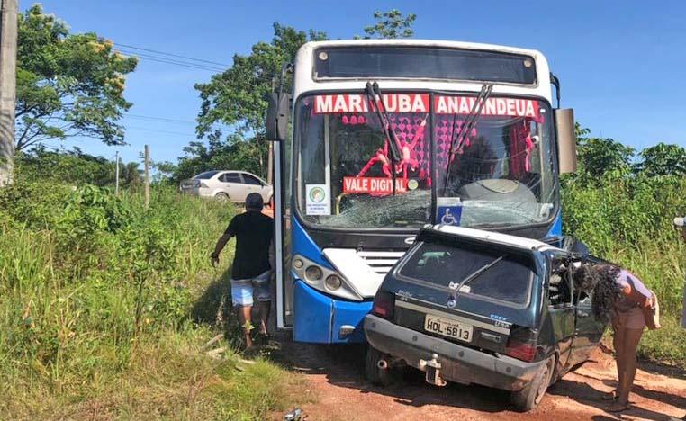 Acidente entre carro e ônibus deixa um morto em Belém nesta manhã