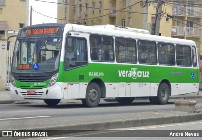 Rio: Ônibus da Viação Vera Cruz perde a roda traseira na Zona Norte