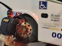 SP: PRF apreende ônibus dublê em Aparecida - revistadoonibus