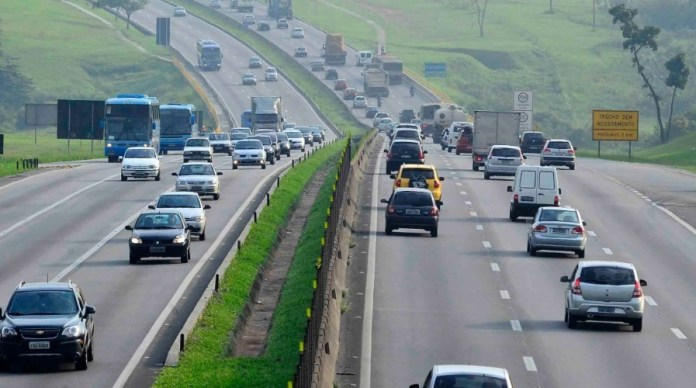 Vídeo: Paralisação total de caminhoneiros é anunciada para esta quinta-feira. Estradas podem ser fechadas