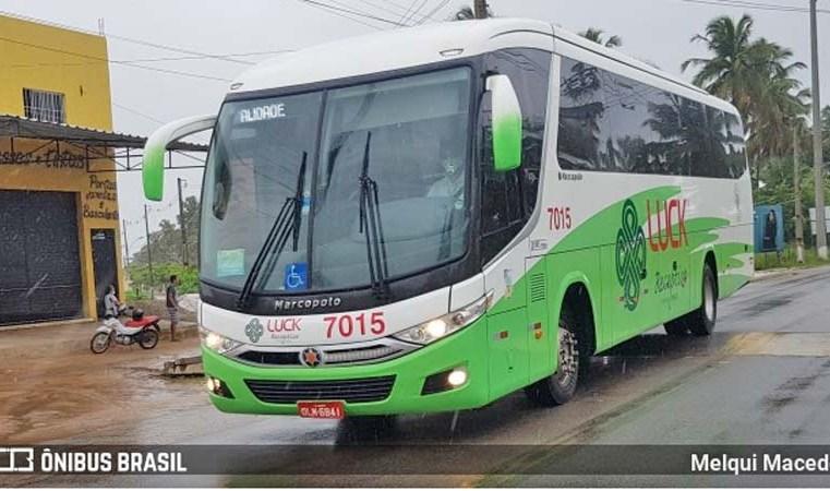 PE: Ônibus fretado é atingido por tiros na BR-101, em Jaboatão dos Guararapes