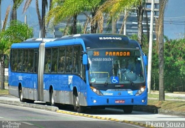 Rio: Ônibus do BRT tem princípio de incêndio no Túnel da Grota - revistadoonibus