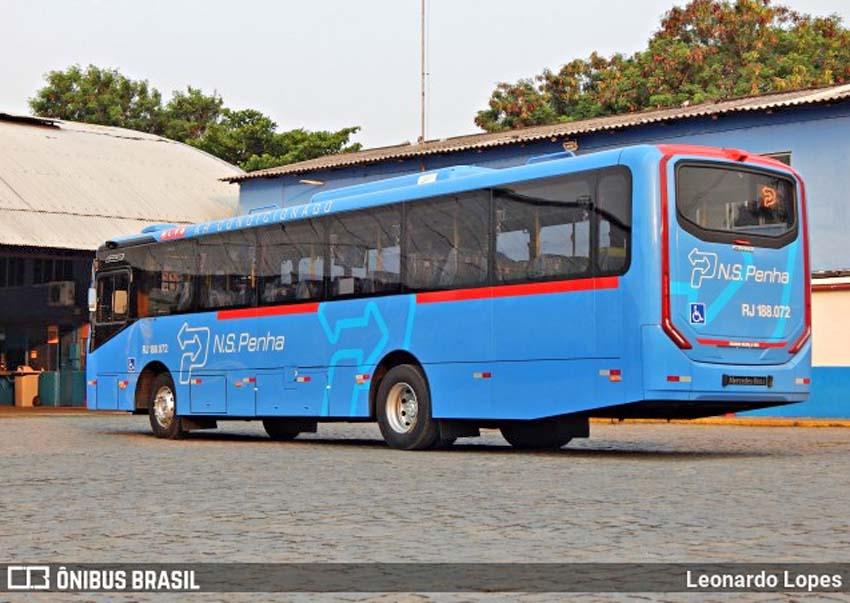 Vídeo: Engavetamento com 4 ônibus complica o trânsito na Via Light em Nova Iguaçu, na Baixada Fluminense