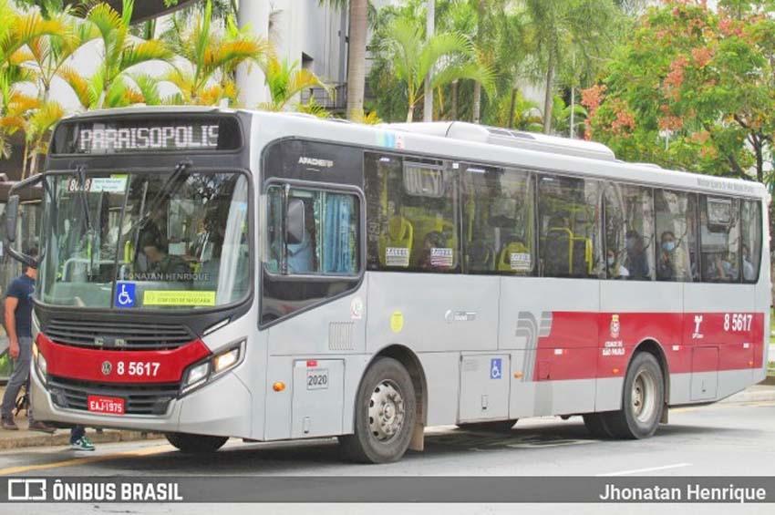 São Paulo: Ônibus atropela e mata homem na zona sul da capital