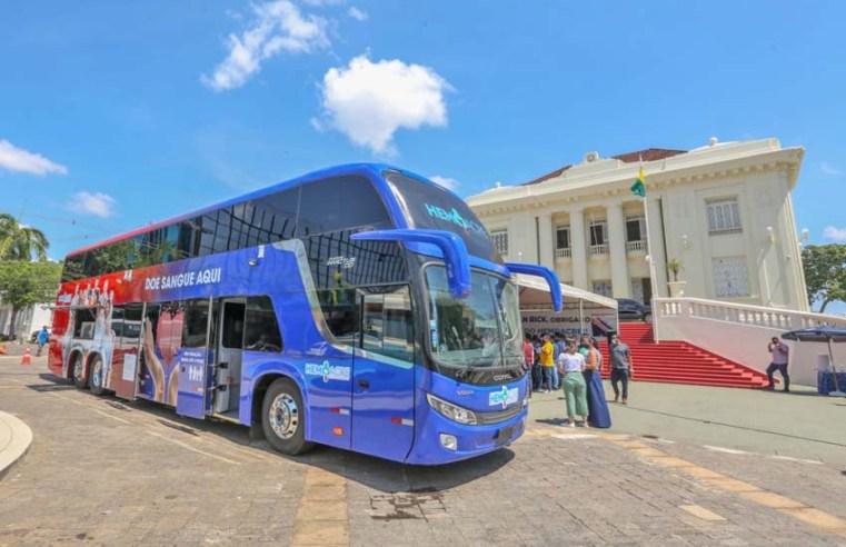 Hemoacre ganha novo ônibus double deck para atendimento no estado
