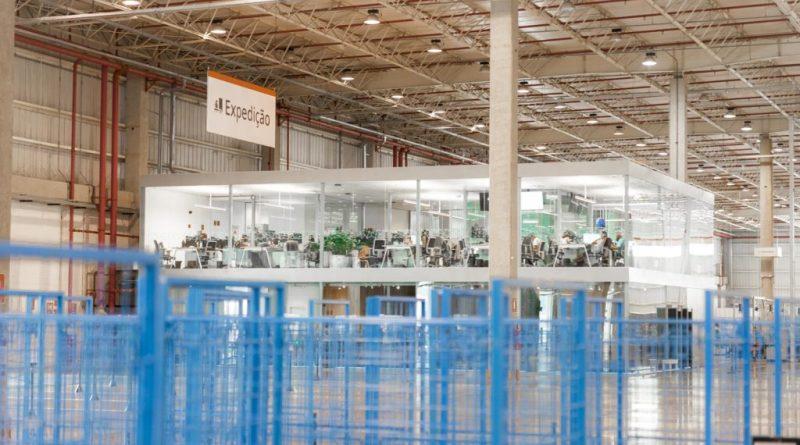 Loggi capta US$212 milhões para acelerar expansão nacional e incrementar investimentos em capacidade e tecnologia