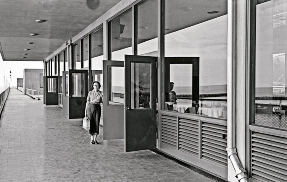 Alfredo Cortina. Buque Santa Ana 1964. ©Archivo Fotografía Urbana. Colección del MoMA.