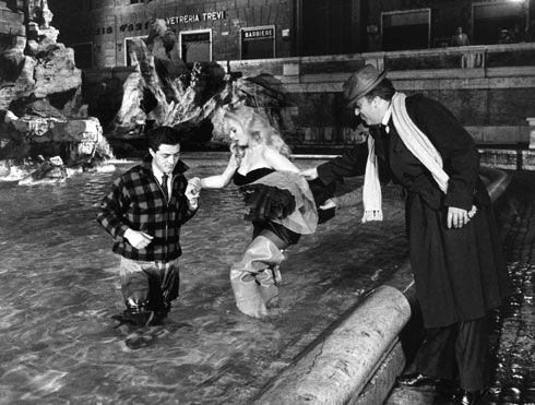 En la filmación de la escena de La Fontana di Trevi