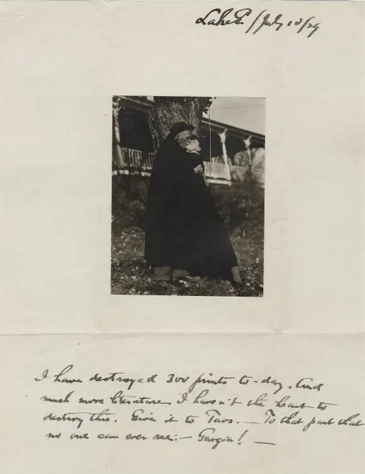 Carta de Alfred Stieglitz con la foto de ellos besándose 1929