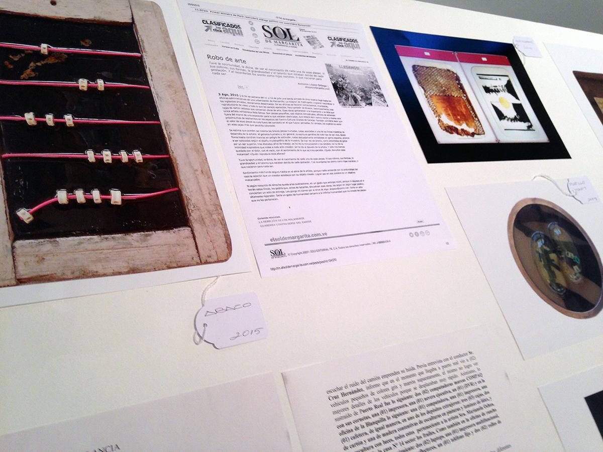 Mesa de las obras robadas. Exposición Post- Pretérito, 2015