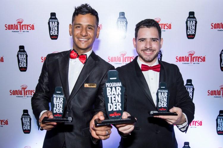 Los dos mejores bartenders del Programa; Christian Gonzalez y Gioandris Peña