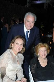 Jackie Hines, Mariela de Hines y Peggy Azqueta
