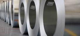 EE.UU. anuncia restricciones a importaciones de acero de Brasil y México.