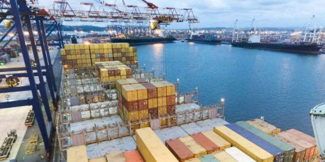 Una agencia para el comercio exterior y desaduanar mercaderías en 24 horas (nota 1 de 2).
