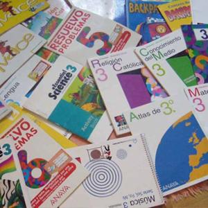 revistas literarias. libros de texto