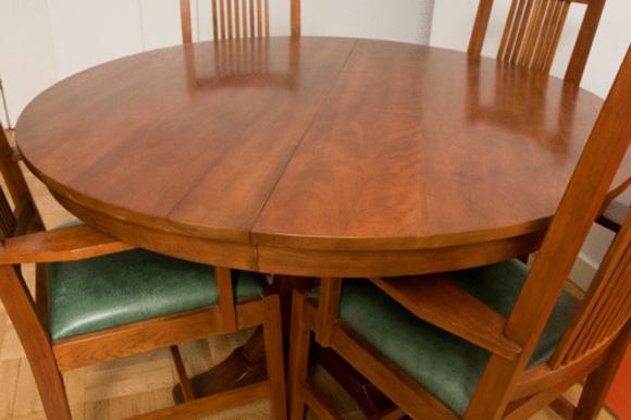 Mesa redonda para sala: a vantagem é ter exigir o encaixe