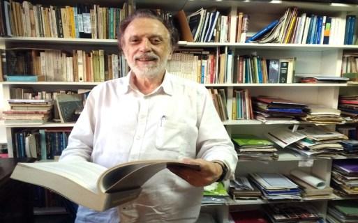 Um dos maiores economistas brasileiros Theotonio dos Santos. Crédito: MAIS COISAS | Descubra a Essência do Rio | Agenda Bafafá.