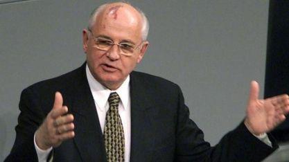 Mikhail Gorbachev. Crédito: blacknews.ro