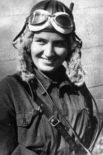 A aviadora Marina Raskova. Crédito: domínio público.