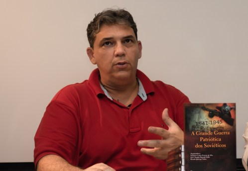 João Claudio Platenik Pitillo, organizador e colaborador desta obra. Crédito: Mariana S. Brites/Revista Intertelas.