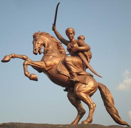 Estatua de Lakshmibai. Crédito: Wikipedia.