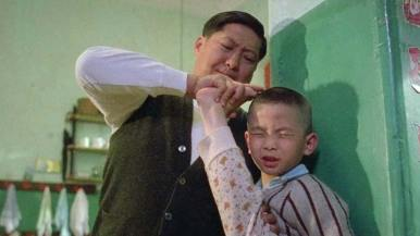 """Sammo Hung interpreta Yu Jim Yuen em """"Painted Faces"""" (1988), de Alex Law e Mabel Cheung. Crédito: divulgação."""