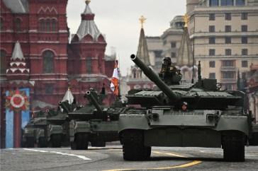 Os tanques T-72B3M participam do Desfile do Dia da Vitória na Segunda Guerra Mundial em Moscou, Rússia, em 9 de maio de 2021. Crédito: Yevgeny Odinokov / Sputnik.