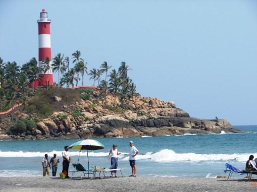 Praia de Kovalam na Kerala. Crédito: Kerala Tourism.
