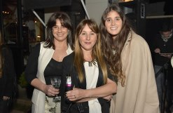 Carina Martinez, Geraldine Lewi y Sofia Inciarte.
