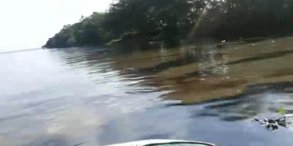 Falla en tubería ocasionó derrame de crudo en el río Magdalena