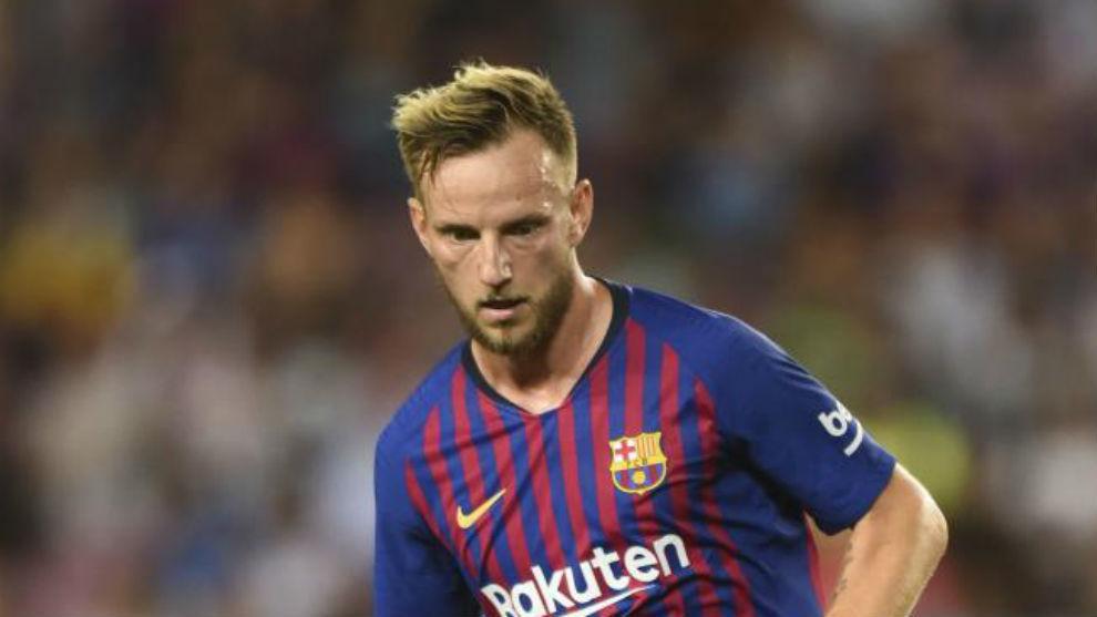 Rakitic se queda, el Barcelona le subirá el contrato
