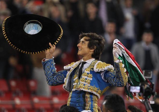 Enrique Ponce, baja en Cali; Roca Rey, el gran atractivo